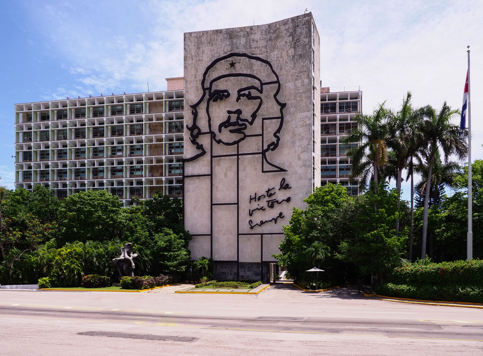Revolution-Square-Che-I